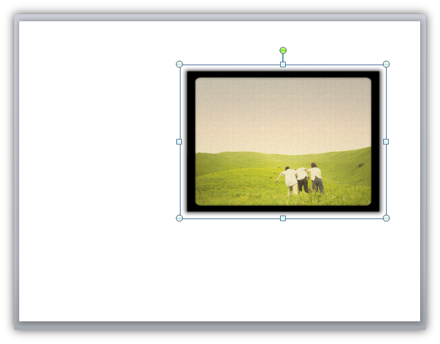 Image of a picture being placed on the canvas in Storyline